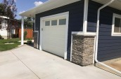 smart-home-building-systems-edmonton-siding-gallery-stone-accents-6