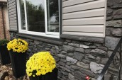 smart-home-building-systems-edmonton-siding-gallery-stone-accents-8